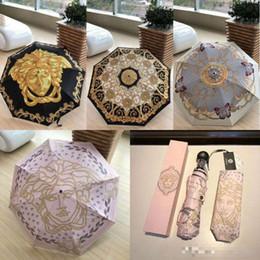 Regenschirme Licht Frauen Winddicht Outdoor Ultraviolet Proof Regen Taschenschirme Weibliche Tragbare Sonnenschirme mit Geschenkbox im Angebot