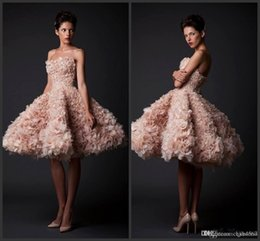 $enCountryForm.capitalKeyWord Australia - 2019 New Sexy Champange Ball Gown Knee Length Ruffle Organza Short Prom Dresses Party Gown Celebrity Homecoming Dresses vestidos de novia