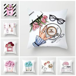 $enCountryForm.capitalKeyWord Australia - Luxury Cushion Cover Hand Painted Flower Perfume Bottles Decorative Pillow Cover Super Soft Living Room Sofa Seat Car Pillowcase