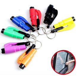 Wholesale Mini in Seatbelt Cutter Emergency Glass Breaker Key Chain Tool Smart AUTO Emergency Safety Hammer Escape Lift Save Tool SOS Whistle