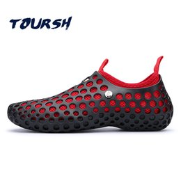 Hole sHoes men online shopping - New Summer Men Fashion Flats Hollow Out Hole Couple Water Shoes Beach Breathable Sandals light Casual Beach Shoes Soft Masculina