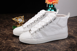 Discount designer shoes brand names - New Designer Name Brand Man Casual Shoes Flat Fashion Wrinkled Leather Lace-up High Top Trainers