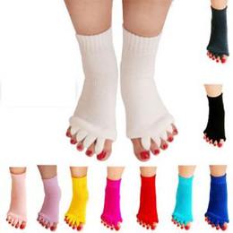 Thumb sporTs online shopping - 10styles Yoga Five Toe Socks sport Massage Socks Health Correcting Thumb Eversion Women Sports Fitness Sock Feet Care Relief Socks FFA1453