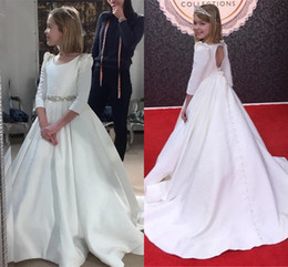 $enCountryForm.capitalKeyWord Australia - Top Quality Satin A Line Flower Girls Dresses Crystal Beaded Crew Neck 3 4 Long Sleeves Kids Formal Ceremony Party Gown Long AL2440