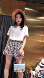 2019 vestido de verão mulheres Treino Branco impresso de manga curta T-shirt + saia impressa mulher 2 pcs terno de Alta qualidade roupas femininas BC-4