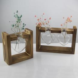 $enCountryForm.capitalKeyWord Australia - Vintage Style Love Heart Shape Clear Glass Tabletop Plant Bonsai Flower Vase Wedding Party Decorative Terrarium With Wooden Tray Y19062803