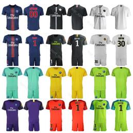 2c8e5a25e 18 19 Season Goalkeeper GK PSG 1 Gianluigi Buffon Jersey Paris Saint Germain  30 Kevin Trapp 16 Areola Football Shirt Kits Uniform