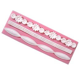 silicone lace sugar UK - 3D Lace Flower Bead Chain Silicone Fondant Mould Cake Decorating Baking Molds Sugar Paste Tools