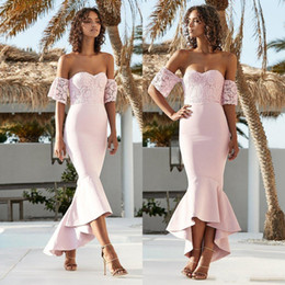 $enCountryForm.capitalKeyWord NZ - Sexy Blush Pink Country Mermaid Bridesmaid Dresses Long Lace Off Shoulder Short Sleeves Maid Of Honor Dresess Long Maid Of Honor Gowns