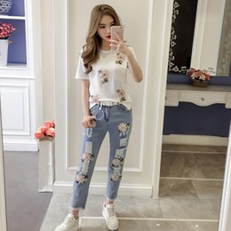 $enCountryForm.capitalKeyWord Australia - Women Heavy Work Embroidery patch Flower Tshirts + Jeans two piece set Clothing Sets Summer Casual Suit summer clothes for women