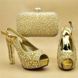 $enCountryForm.capitalKeyWord Australia - Italian Ladies Shoes and Bags to Match Set Decorated with Rhinestone Block Heel Women Shoes Dress Pumps Bridal Wedding Shoes High Heels