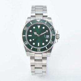 Опт Мужские роскошные товары Лучшее качество часы Керамическая рамка 40 мм Сапфировое стекло Автомат miyota 8215 Механизм U1