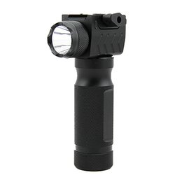 China Tactical Quick Detachable Vertical Fore Grip Aluminum CREE LED Flashlight Hunting Gun Light suppliers