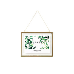 Wholesale DIY Hanging Gold Frame Leaf Art Metal Chain Wall Hanging Glass Picture Frame for Photo Flower Specimen Dried Plant 4x4 4x6 5x7