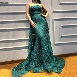 strapless champagne lace sheath dress Australia - Dark Green Lace Prom Dresses Detachable Train Formal Evening Gowns 2018 Strapless Floor Length Sheath Evening Party Dress