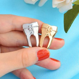 Wholesale cute nursing gifts for sale – custom Tooth Shaped Brooch Pin Cute Nurse Doctor Dentist Suit Shirt Collar Badge Gift