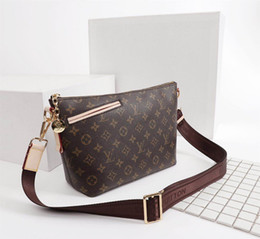 French Leather Bags Australia - New French high-end brand ladies shoulder bag fashion business casual party ladies wild leather canvas handbags free shipping
