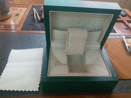 $enCountryForm.capitalKeyWord Australia - 2017 Quality Luxury Mans Wrist Watches Boxes Swiss Top Brands Original Green Box Paper For Rolex Watch Booklet Card in English Men Wholesale