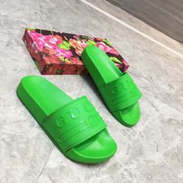 (AVEC BOÎTE) hommes pantoufles de designer en caoutchouc causal été huaraches pantoufles mocassins appartements en cuir GGBrand glisse sandales designer nous 7-11 en Solde