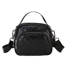 $enCountryForm.capitalKeyWord Australia - High Quality Rhombic Hand Small Square Bag Summer New Fashion Personality Shoulder Bag Casual Wild Messenger Bag Female