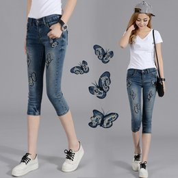 jeans 25 Canada - 2019 Summer Fashion Pencil Denim Jeans Women Butterfly Embroidered Jeans Female Blue Casual 25-36 Pants Capris Y253 Y19072301