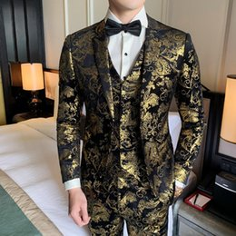 sequins suits for men Australia - Gold Printed Mens Suits Designers 2019 Bronzing Suits Party Dress Mens Stage Costumes for Singers Sequin Baroque Slim
