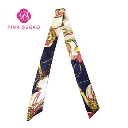 Großhandel Designer Handtaschen Taschentasche Schal Druck Wild Magic Seidenschal Gebundene Tasche Griff Small Ribbon Scarf Kopftuch für Handtaschen
