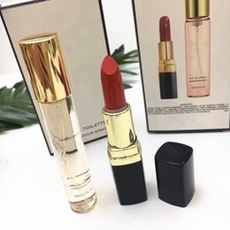 $enCountryForm.capitalKeyWord Australia - hot Brand Makeup Maquillage Matte rouge a levre Lipstick + Perfume 20ml 2 in 1 Make Up Set