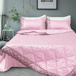 Wholesale solid color quilt with pillow sham single full queen king size air condition silk lace comforter pillowcase