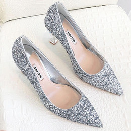 Day Wedding Dresses Australia - 2019 summer new top wedding shoes bride and lady Valentines Day gift new fashion sexy sequins silk dress shoes high heels shallow qs