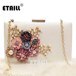 $enCountryForm.capitalKeyWord Australia - ETAILL Floral Day Clutch Bag White Wedding Bags and Purses for Bride Evening Bag with Gold Chain Square Party Pearl Banquet