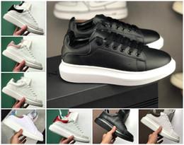 d23afb29f3fc 2019 Scarpe firmate da donna sneakers in pelle moda uomo 3M nero  riflettente in velluto bianco Spessa suola piatta Altezza Scarpa casual  crescente