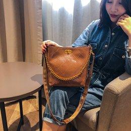 Animal Travel Pillows Australia - 2019 Fashion Plaid Large Capacity Pillow Case Personality Casual Handbag Travel Bag Shoulder Bag Wholesale 016-1301