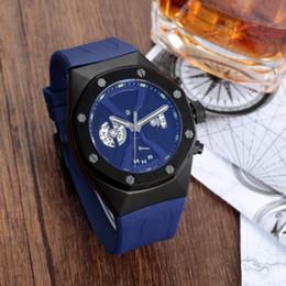 Men S Big Watch Australia - luxury brand watch Brand New Gold Men Watch Men Luxury Quartz Watch 3ATM Water Resistant Quartz Wrist Original Men 's Watches for Big Wrists