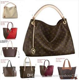 Acrylic Hearts Beads Australia - Fashion Love heart V Wave Pattern Satchel Designer Shoulder Bag Chain Handbag Crossbody Purse Lady Tote bags 121454