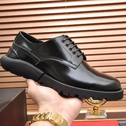 fast flats NZ - Fashion Classic Formal Men's Derby Shoes Leather Footwears Luxury Vintage Groom Wedding Men Dress High Quality Type Shoes Fast Delivery
