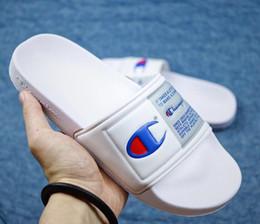 $enCountryForm.capitalKeyWord Australia - New Arrival Flip-Flops for Good quality Fashion Slippers Men's Women Summer Beach Slipper Black Red Casual Sandals EUR36-45