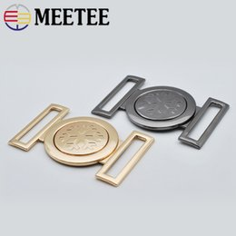 $enCountryForm.capitalKeyWord NZ - Meetee 40MM Women Metal Belt Buckles Decor Handbag Hardware Buckles DIY Sewing Bags Clothing Coat Buttons Accessories AP476