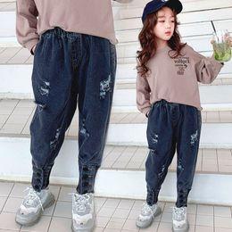 $enCountryForm.capitalKeyWord Australia - Fashion kids hole jeans 2019 fall girls buckle ribs ankler denim pants children double pocket elastic waist cowboy trouser fit 3-12T F8856