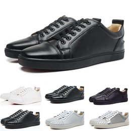 Wholesale 2019 Designer Fashion Spike Low Cut Party Mens Dress Shoes Luxury Party Womens Wedding Shoes Genuine Leather Casual Shoes Sneakers