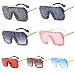 Moda F Carta Oversized Óculos De Sol Clássico One Pieces Quadrado Óculos Ao Ar Livre Mulheres de Viagem Flat Top Eyewear LJJT1020 em Promoção