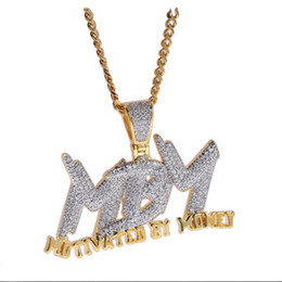 Para Harf Kolye Kolye Hip Hop Takı Zincir Kolye Hediyesi ile Motive Erkekler buzlu Out Bling CZ 18K altın kaplama MBM