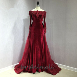 Long gowns veLvet green online shopping - Sexy Beaded Appliques Burgundy Velvet Prom Dresses With Detachable Train Off shoulder Elegant Formal Evening Dress Wear Party Pageant Gowns