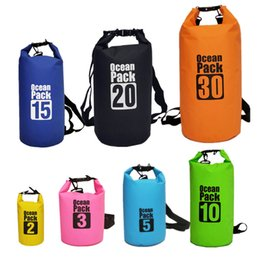 Ingrosso 7 Taglie 7 Colori misti Water Float Beach Back Bags Impermeabile PVC Boat Swimming Camping Travel Shoulder Sling Backpack Bag 012