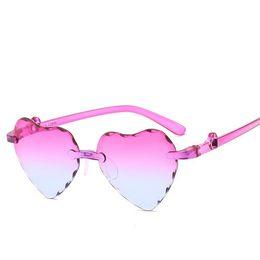 $enCountryForm.capitalKeyWord UK - Kids Sunglasses Boy Girl Frameless Cut-edged Peach Heart Children Sunglasses Cute Eyeglasses Frame Child Eyewear Summer Beach 62001