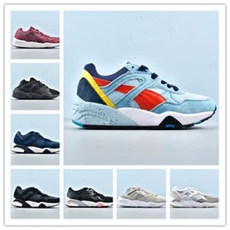 Block Mesh Australia - Sales promotion R69 8 block Pumany kind of color good quality men women trainers 3 primary color retro sports running shoes casual train