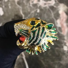 tiger pins 2019 - New Arrival Tiger Head Luxury Brooch with Stamp Women Animal Rhinestone Fashion Modern Design Brooch Suit Lapel Pin Top