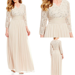 $enCountryForm.capitalKeyWord NZ - Plus Size Mother Of The Bride Dresses V Neck Long Sleeves Floor Length Lace Sequins Chiffon Wedding Guest Dress For Mom Evening Gowns