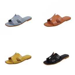 korean leather slippers NZ - 2020 New Slippers H Summer Wild Korean Version Of The Cross Belt Flat Bottom Flat Drag Beach Slippers#482