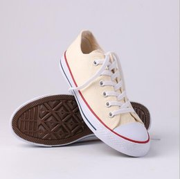 $enCountryForm.capitalKeyWord Australia - Wholesales Brand New Factory Promotional Price! Canvas Shoes Women and Men Low Style Classic Canvas Shoes Casual Canvas Shoes